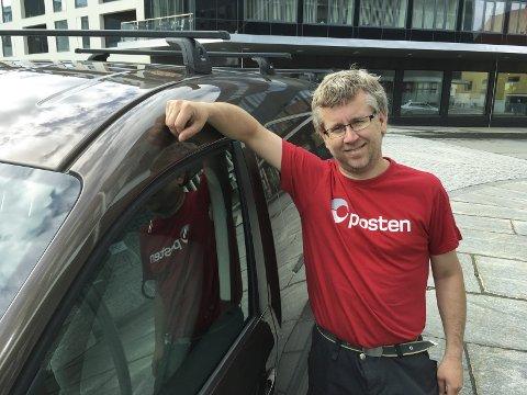 Utleid: Geir-Olav Buskmand i Kabelvåg har startet utleie av privatbilen sin og har god erfaring med det.  Foto: Knut Johansen