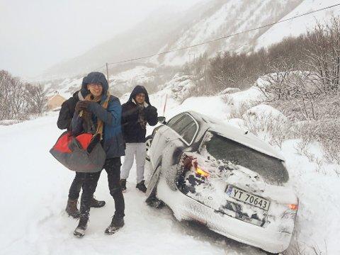 UHELDIGE: Lokale bilutleiere opplever at flere asiatiske turister ikke kan kjøre bil om vinteren.