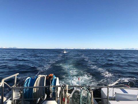 """Fint vær: Skipsfører Glenn Pettersen på """"Det Norske Veritas"""" forteller at det har vært flott å kunne hjelpe så mange og at været har vært fint."""