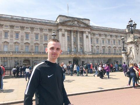 Slottet: Tippemesteren ved Buckingham Palace.