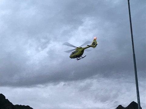 HENTET NED: Fire svenske turgåere ble onsdag kveld hentet ned fra Hans Meyer-fjellet ikke langt unna Nøkkvannet i Svolvær.