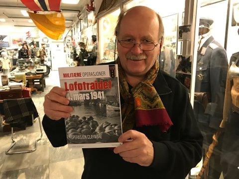 Museumsstyrer William Hakvaag har bidratt med masse fotografier i den nye boka om Lofotraidet 4. mars 1941.