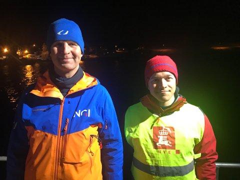 """GEOLOGER: Odd Arne Mikkelsen og Kjetil Bratlien om bord i """"Det Norske Veritas""""."""