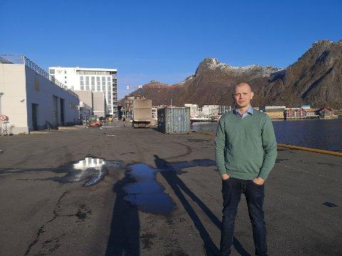 Nye lokaler: I dette området bak koordinator VM i skreifiske, Stian Jacobsen, skal innveiingen finne sted til neste år.