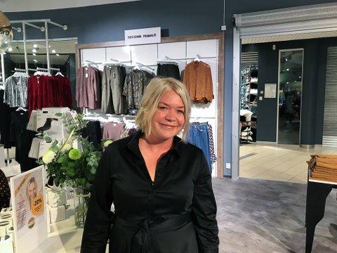 Stengt: Butikkene på Alti kommer til å ha steng julaften, forteller senterleder Trine Waldahl.