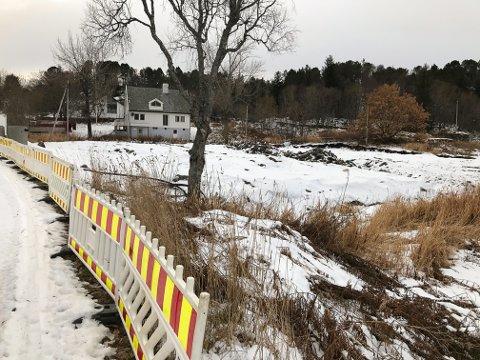 Ulovlig: Vågan kommunes eiendomsforetak har fått bøter og erstatningskrav etter arbeidet med å utvide kirkegården i Kabelvåg.