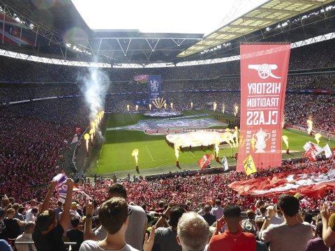 Wembley: Er du fremdeles med i konkurransen om å vinne en tur til London og FA-cupfinalen på Wembley? Send et bilde av deg selv til konkurranse@lofotposten.no!