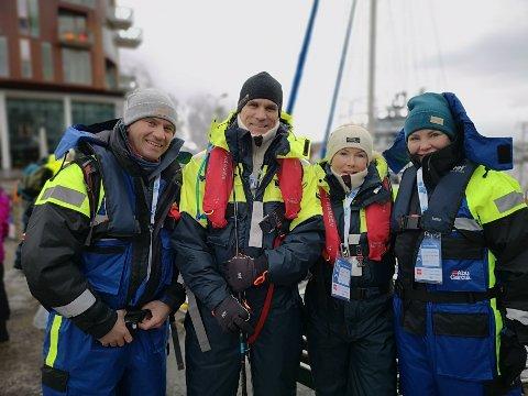 Kari Anne Eik, Erik Sandsbakk, Line Rodahl Dokset og Henning Dokset hadde tatt turen ned på kaia lørdag morgen.