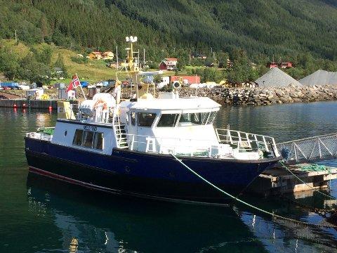 Det er Meløytind som skal operere ruta. Båten har kapasitet til 48 passasjerer.