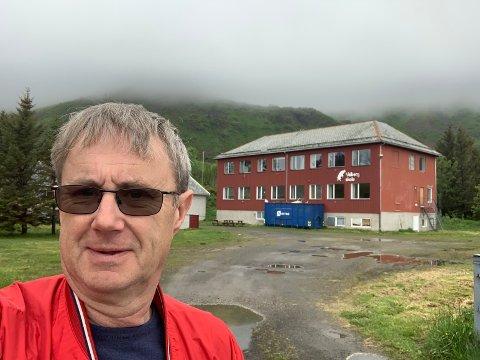 Dekningsdirektør Bjørn Amundsen sier at hele Valberg får ny basestasjon for 4G/2G, men i Rolvsfjord er det uklarheter med grunneiere som gjør at man ikke får satt opp ny mobilmast.