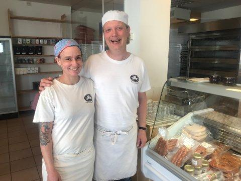 Åpner utsalg: Lisa Unseld og Stian Håskjold ved Bakeri Unseld i Kabelvåg starter utsalg i Henningsvær.