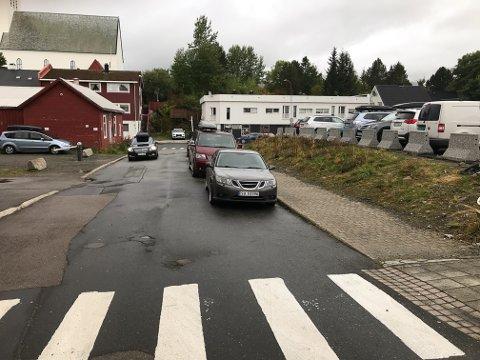 I denne tverrgata, Joh. Paulsens gate, blir det fra senere i høst parkering forbudt på begge sider av gata.