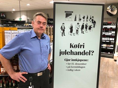 ÅRETS POLKØ: Kundene vil i år måtte ta koronatiltakene til følge og mer planlegge polvareinnkjøpene sine, sier butikksjef Bjørn Brede i Svolvær.