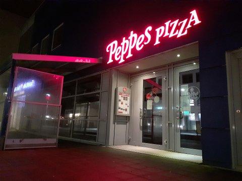 Peppes Pizza i Lofotsenteret stengte rett før jul, og vil forbli stengt en stund til ifølge driveren, AMJ Management AS.