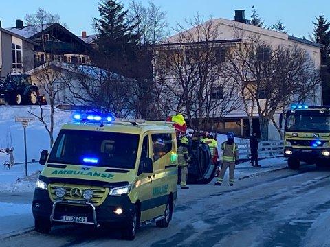 På taket: En bil havnet på taket på Fygle fredag.