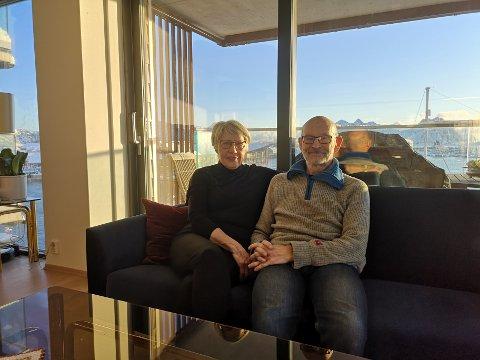 Glade: Linda og Sveinung Nygård er glade for å være på plass i sitt nye krypinn i Lofoten Brygge på kaikanten i Svolvær.