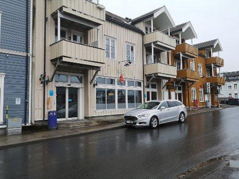Stengt: Kiosken i Kabelvåg er nå stengt, etter at Egil Wiik har sagt opp leieavtalen med kiosken.