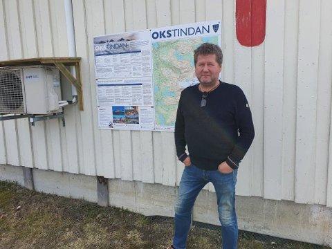 PÅ VEI: Artist Bjarne Brøndbo kjører oppover Nord-Norge for å gjennomføre sin turné med Conserto tross i at han ikke fikk støtte av Kulturministeren.