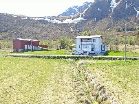 POPULÆRT: Dette huset på Kvalnes ble solgt for over  en millioner over takst.