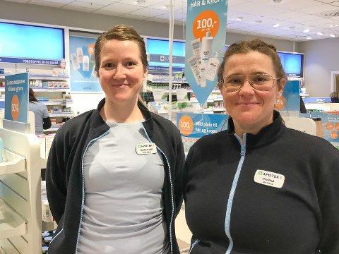 Kommisjonær: Apoteker Hanna Walsøe har startet opp kommisjonærvirksomhet ved flere nærbutikker i Vågan. Her sammen med farmasøyt Marianne Mareliussen. Bildet er tatt ved en tidligere anledning.