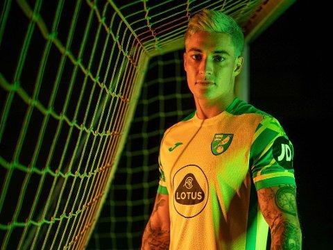 DEBUTERTE MED MÅLGIVENDE: Mathias Normann (25) gjorde en solid figur for Norwich i sin debut. Dessverre endte det med tap.