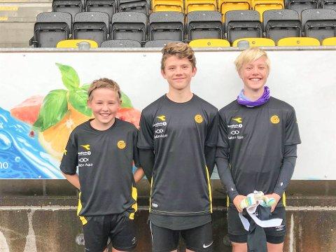 GLADE GUTTER: Oliver Solstad Salomonsen, Sondre Urås Andersen og Noah Johansen.