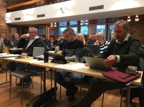 Frp-benken i dagens kommunestyremøte i Vestvågøy.