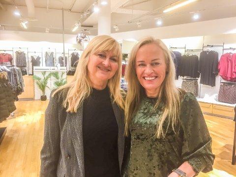 Rita Iren Nordheim (til venstre) og Lill-Åse Olavsen Høyen i den midlertidige Zicco-butikken i Lofotsenteret.