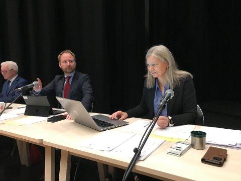 Ordfører Remi Solberg (Ap) og varaordfører Anne Sand (Sp) i Vestvågøys kommunestyre
