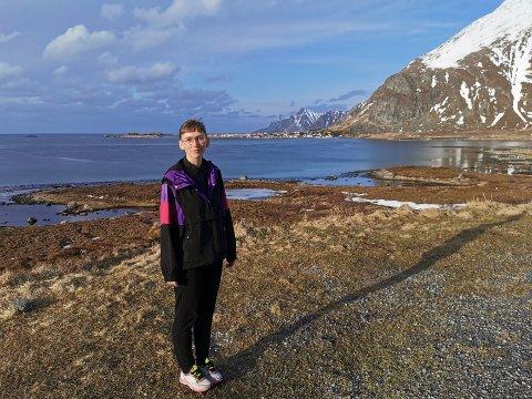 Tine Surel Lange er fornøyd med å være tilbake i Lofoten etter en tur i USA.