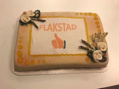 Flakstad kommune fikk inn 40 millioner kroner i skatt, noe som kaller på en aldri så liten kakefeiring.