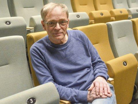Paul-Einar Olsen (70) har vært kinosjef i 32 år. Nå blir han pensjonist.