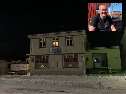 Svein Kåre Johnsen vil leie ut dette bygget på Leknes.