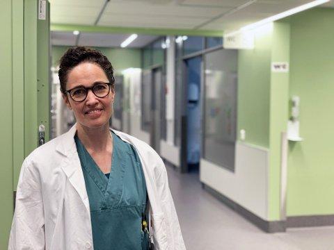 KRITISK: Anestesilegemangel har ført til 100 avlyste operasjoner ved UNN i Tromsø siste seks uker. Anestesilege og avdelingsleder Kirsten Brun Kjelstrup ser ingen løsning på utfordringene på kort sikt.