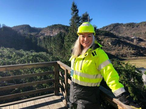 VENTER: Nye Veiers didplinleder Eline Rosenlind Falch venter spent på de første resultatene av grunnundersøkelsene av E39-traseen mellom Mandalselva og Herdalen.