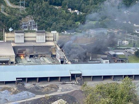 UKJENT: Eramet har fortsatt ikk funnet pårsaken til brannen ved smelteverket.