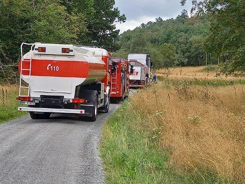 MELKEBIL: Det oppsto brann i en melkebil.