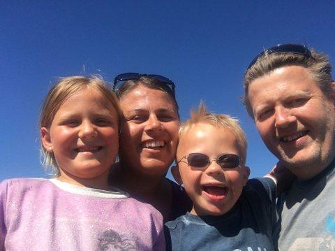 Familien Hagebråten - Kvalvaag feirer verdensdagen for Downs syndrom.