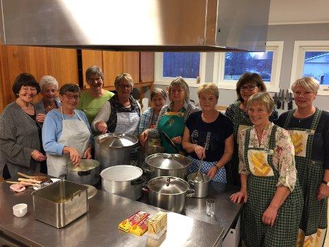 POPULÆRT: Ytre Hobøl Bygdekvinnelag inviterte til middag og responsen var stor.