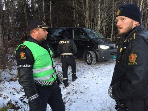 SKOGHOLT: Den døde mannen skal ha blitt funnet av noen 12-13-åringer ved 14.30-tiden mandag.