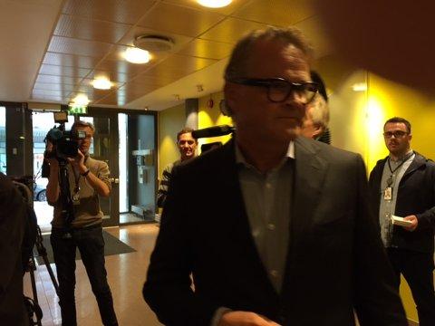 Investor Riulf Rustad er også på plass på Thons hovedkvarter i Oslo.