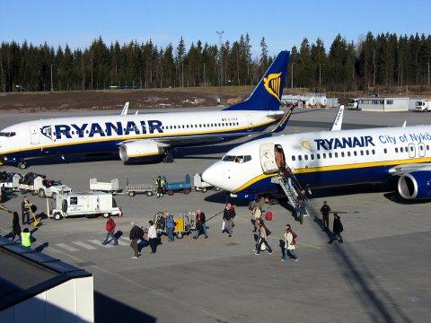 ØKER: Ryanair flyr med stappfulle fly og øker stadig.