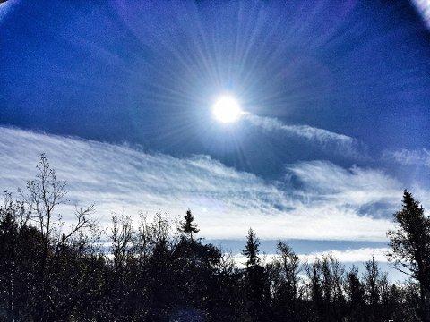 HØYTRYKK: Høytrykk sørger for pent vær de neste dagene og inn i påsken, men temperaturene er ikke de aller høyeste.
