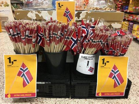 Norske flagg på billigsalg.