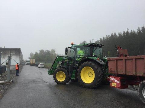 All utkjøring av matvarer fra Asko i Vestby blir blokkert.