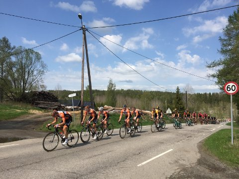 I GANG: Bildet viser touren gjennom Svinndal lørdag.