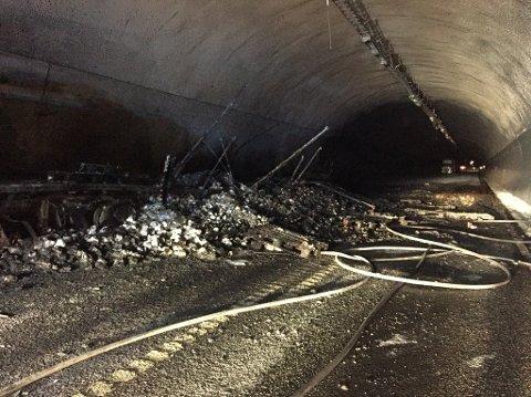 300 meter av Oslofjordtunnelen er totalt utbrent.