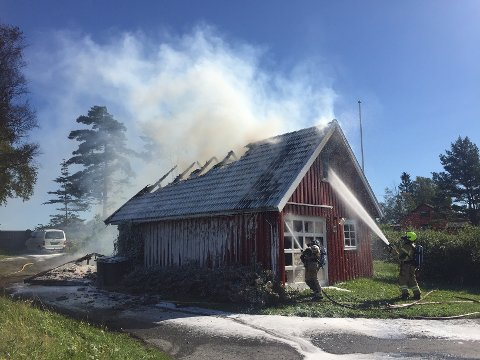 Ingen ble skadet i brannen, men det ble store skader på bygningen.