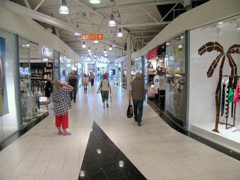 SVAKT: Mange kjøpesentere sliter med fallende omsetning, viser nye tall.