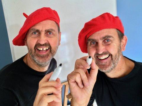TVILLINGER: «To menn og en tavle» er en morsom tegneforestilling med Svein og Egil Nyhus.